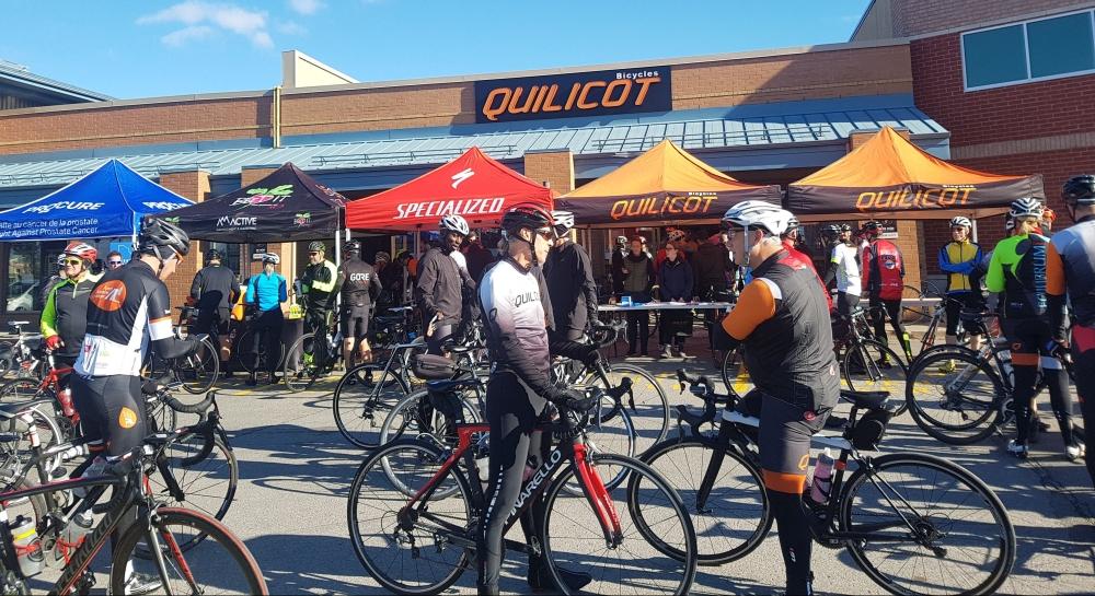 Sortie de groupe à vélo - magasin de vélo
